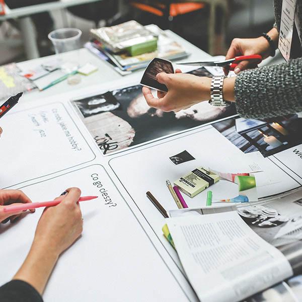 создание и разработка фирменного стиля компании